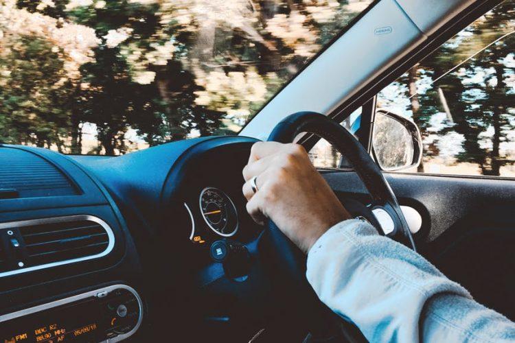 luksusowy pojazd wzięty w leasing